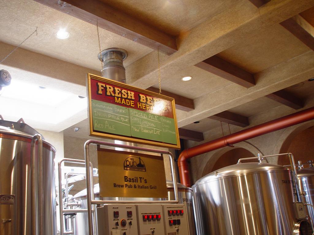 75. Basil T's Brew Pub,Tom's River NJ 2007