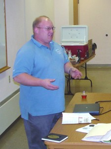 Tom Kehoe of Yards talks to the class