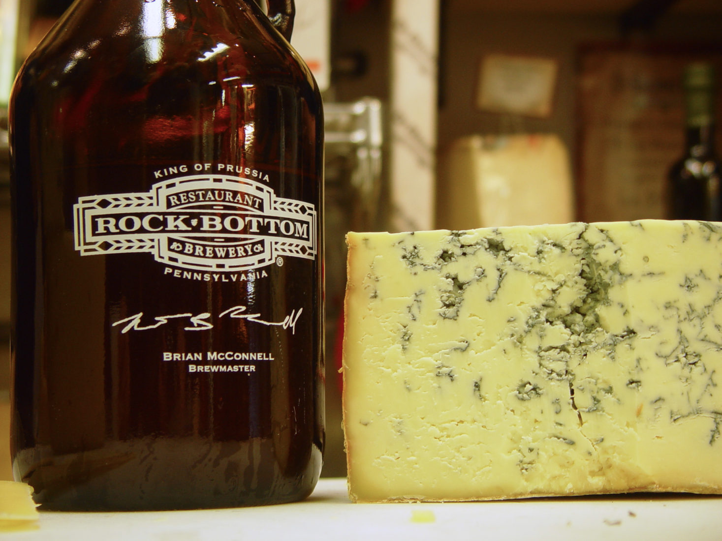 Rock Bottom Growler with DiBruno's Stilton Cheese