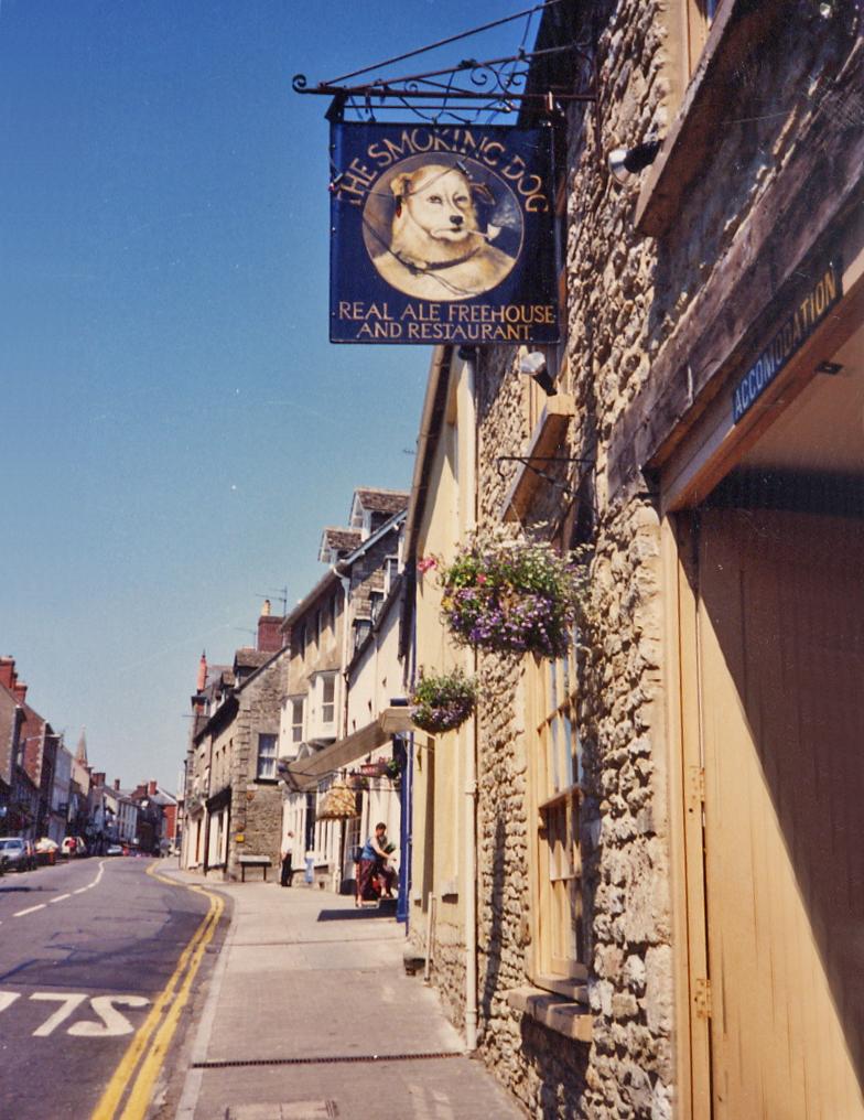Smoking Dog Pub, Malmsbury England